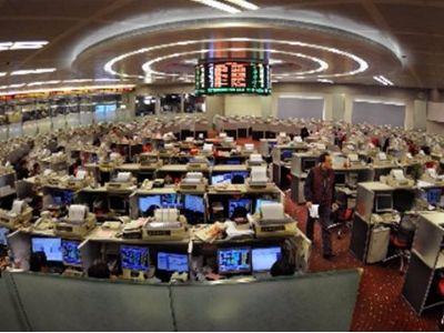 港股通成交创逾两年新高 融创(01918)为第一大成交活跃股