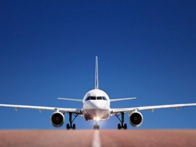 瑞银:国泰航空(00293)客运量复苏缓慢 目标价13元