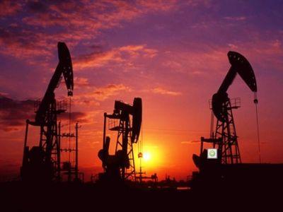 野村:预计今年油价为每桶65美元 吁买中石油(00857)、中海油(00883)