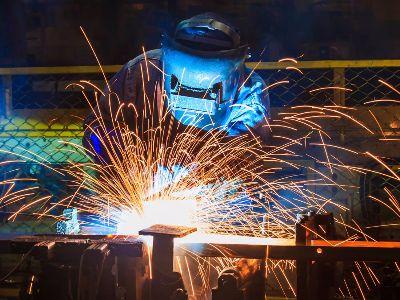 隔夜LME期铝大涨超6%创两年最大涨幅 铝业类个股上涨