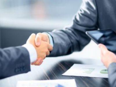 盛业资本(08469)附属与多名客户订立保理协议