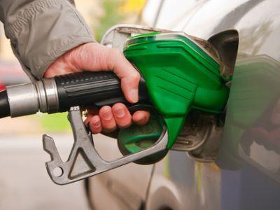 特朗普扼住了伊朗原油出口的咽喉 油价会疯涨吗?