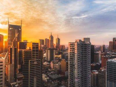 大和:对香港地产股最新投资评级及目标价(表)
