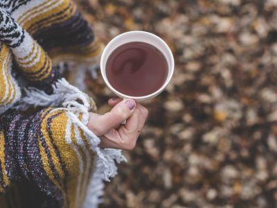 瑞幸咖啡(LK.US)上市首日大涨,叫板星巴克(SBUX.US)更有底气?