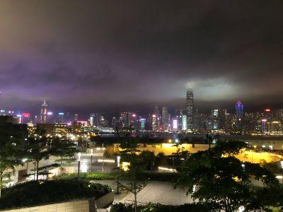 新华社:香港经济首季轻微增长 未来不乏正面因素