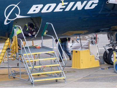 波音(BA.US)完成737MAX软件更新 为最终复飞认证做准备