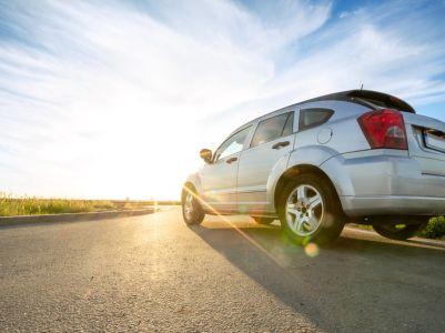 平安证券:汽车行业消费观望情绪浓、下半年有望复苏,品牌洗牌加剧