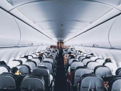 东方航空(00670)就737MAX停飞事件向波音公司(BA.US)提出索赔