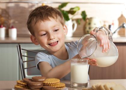 蒙牛(02319)发力有机奶,全购圣牧高科奶业!800万拿下最后49%股权