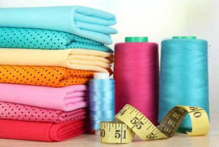 人民币贬值催化纺织制造板块率先回暖,龙头品种值得关注