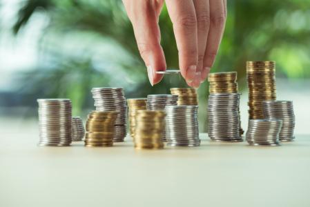 陶冬谈资产配置:重增长轻利率慎待美元敏感资产