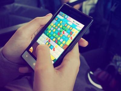 小米集团-W(01810)前三季度业绩由亏转盈100.86亿元 10月末手机出货量破1亿