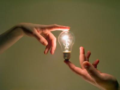 """交银国际:维持昆仑能源(00135)""""买入""""评级 目标价7港元"""