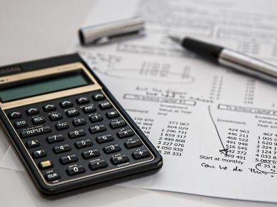 探寻中小银行出路:专注投顾业务,提升服务标准