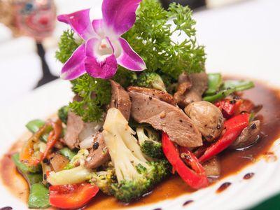 大家乐(00341)CEO罗德承:今年4-5月旗下香港快餐业务同店销售同比持平,计划在港增加20至30间分店