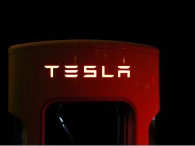 特斯拉(TSLA.US)停止销售长续航后驱版Model 3 或简化生产流程