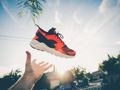 球鞋如股票?2019年上半年STOCKX上最有经济价值的5双球鞋