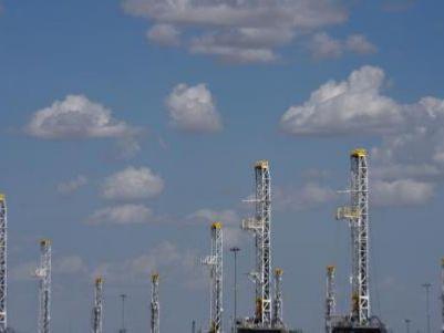 港股异动 | 沙特称9月底完全恢复产能 国际油价大跌 安东油田服务(03337)挫逾6%