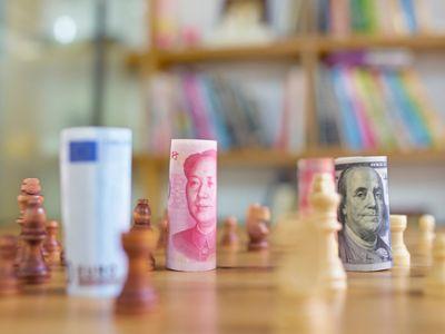8月中国外汇市场总成交18.14万亿元