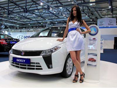 与沃尔沃汽车合并发动机业务带来协同效应,吉利汽车(00175)研发优势突出下半年带来机遇