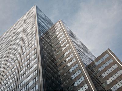 长江实业(01113)40亿出售大连西岗项目 8年前以11亿购得