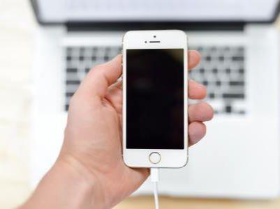 郭明琪:苹果(AAPL.US)将于明年推出iPhone SE2