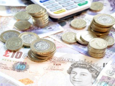 2020年英国加息还是降息?机构相互掐架,大选过后英镑命运要看CPI脸色!