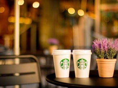 星巴克(SBUX.US)CEO:瑞幸发展证明中国咖啡零售巨大增长潜力