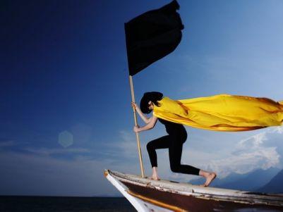 港股异动   酷派集团(02369)尾盘涨幅扩大逾50% CEO称争取明年扭亏为盈