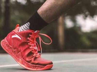安踏体育(02020)公司点评:安踏体育主业业绩略超预期 盈利能力持续提升