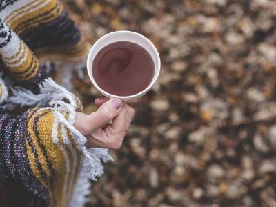 农夫山泉、蒙牛(02319)、伊利都纷纷做了咖啡 即饮咖啡市场的春天来了?