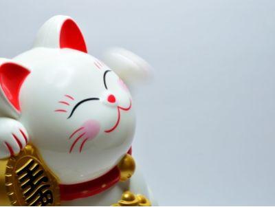 """野村:维持小米集团(01810)""""买入""""评级 目标价11港元"""