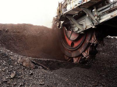 平安证券:2020年煤炭产能过剩,政策托底价格稳定,关注高股息率公司