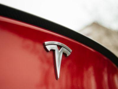 特斯拉(TSLA.US)欧洲工厂最早2020年1月份开工建设 优先生产Model Y