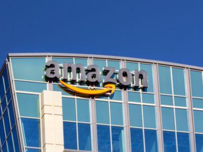 亚马逊(AMZN.US)自有物流已递送一半包裹 将反超UPS(UPS.US)、联邦快递(FDX.US)