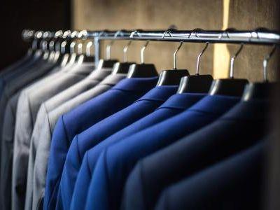 东吴证券:体育服饰为代表消费品龙头竞争带来集聚效应,首推安踏体育(02020)等