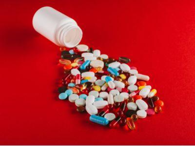 """中國生物制藥(01177)附屬開發的抗血栓藥""""替格瑞洛片""""獲批上市"""