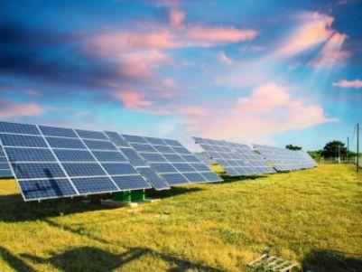 GW级光伏电站交易的第一步:华能10亿元收购协鑫新能源(00451)294MW光伏电站