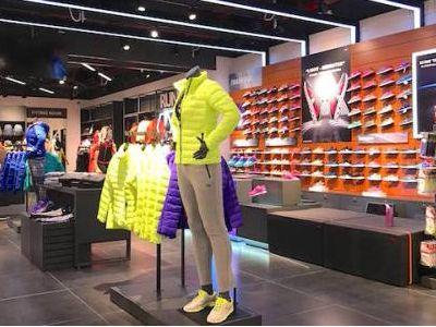 安踏体育(02020)截至2月14日内地各品牌合计接近40%的门店已经恢复营业