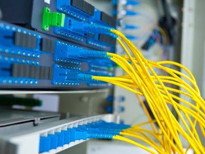 港股异动 | 5G建设再加速 高盛瑞信中金均看好 5G供应链全线走强