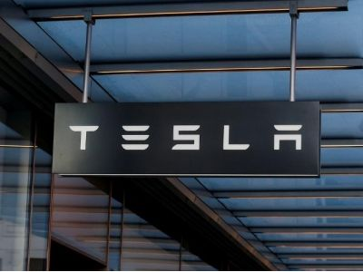 特斯拉(TSLA.US)自助驾驶系统或面临新审查