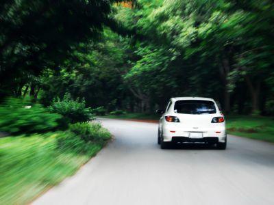 港股异动 | 穆迪下调全球汽车销量预测 汽车股普跌 广汽集团(02238)跌逾4%