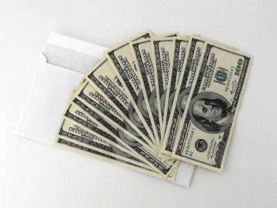 兜兜转转一圈后:人们忽然发现美元也不咋避险了…