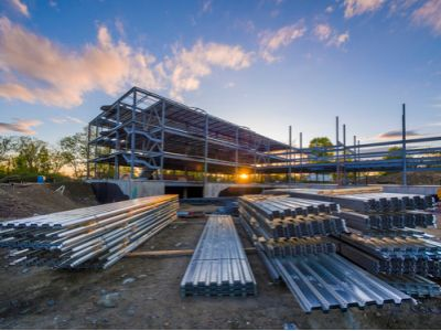 港股异动 | 全年铝销量升13.8% 价格同比跌15% 俄铝(00486)尾盘急跌超10%