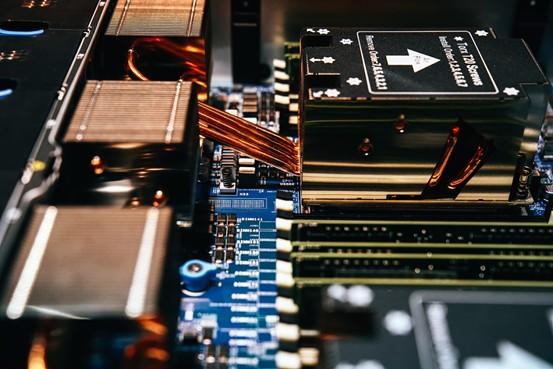 腾讯(00700)成立史上首个硬件实验室星星海,全面提速服务器自研战略