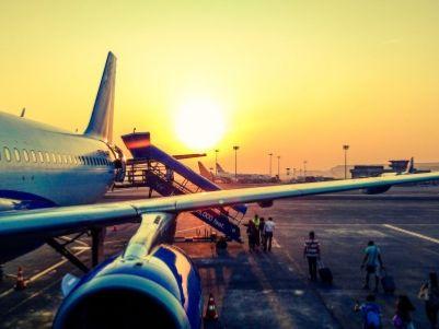港股异动   美兰空港(00357)涨超10% 海南省12项措施促商业发展扩消费