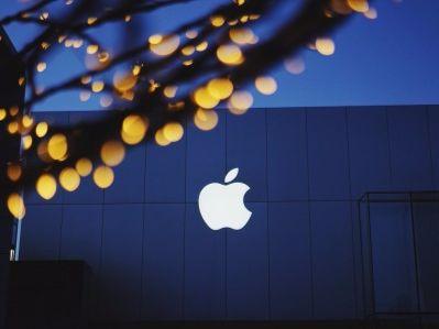 为何苹果(AAPL.US)甘愿冒险自主研发芯片?失败了代价也可承受