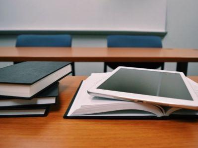 365bet异动 | 新东方在线(01797)升逾7% 在线教育机构集体上调暑期课程价格