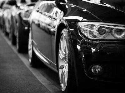 丰田汽车(TM.US)Q1净利润同比下降76%,预计2021财年营收24万亿日元