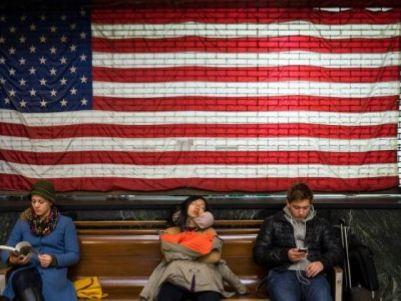 """""""乐观""""的就业数据背后,美国经济隐藏着怎样的危机?"""